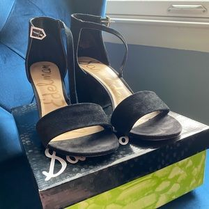 Sam Edelman Black Suede Torrence Sandals, Size 10